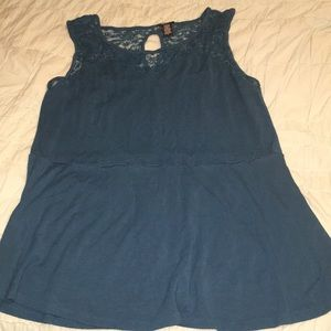 Soft Peplum Style top - Size 4 from Torrid